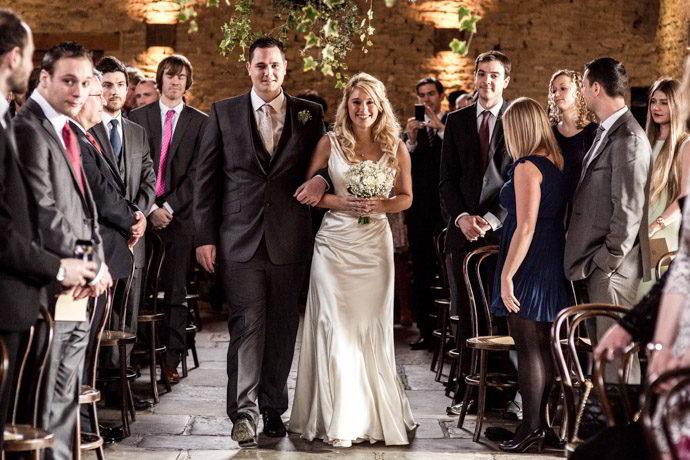 cripps-barn-winter-weddings-015.jpg