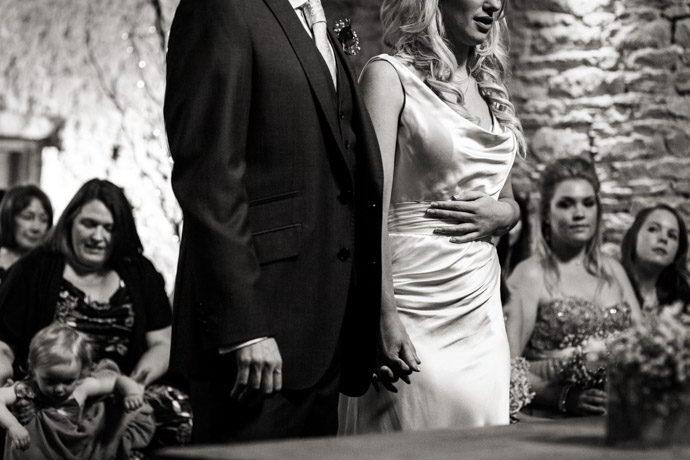 cripps-barn-winter-weddings-017.jpg