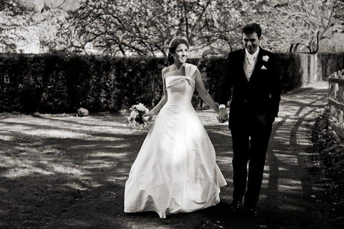 Notley-Abbey-Wedding-Photography_040.jpg
