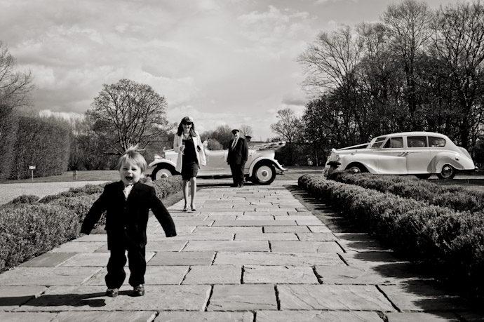 Notley-Abbey-Wedding-Photography_043.jpg