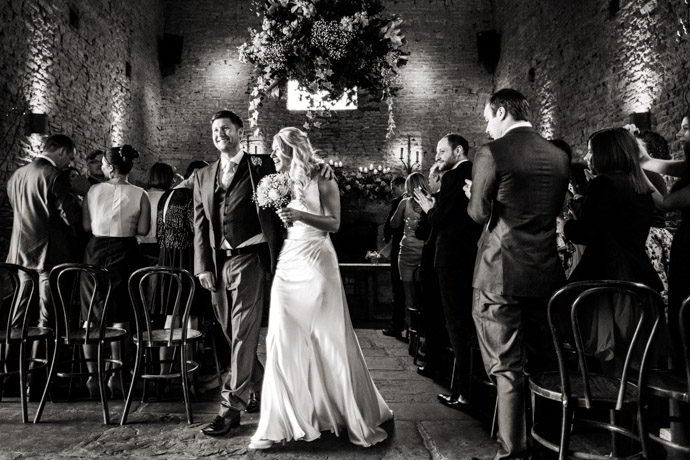 cripps-barn-winter-weddings-021.jpg
