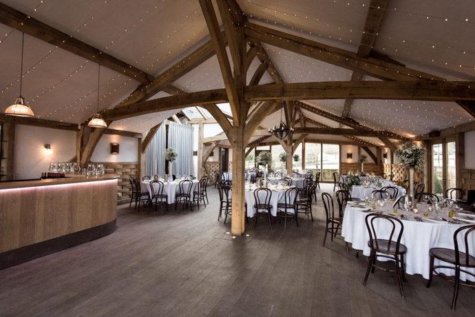 cripps-barn-winter-weddings-026.jpg