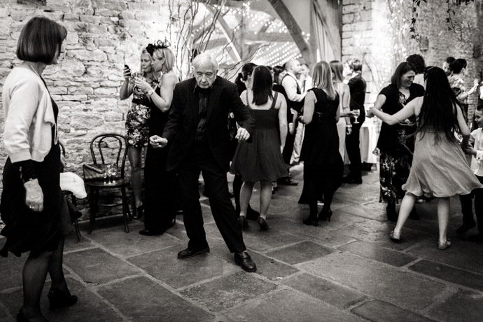 cripps-barn-winter-weddings-043.jpg