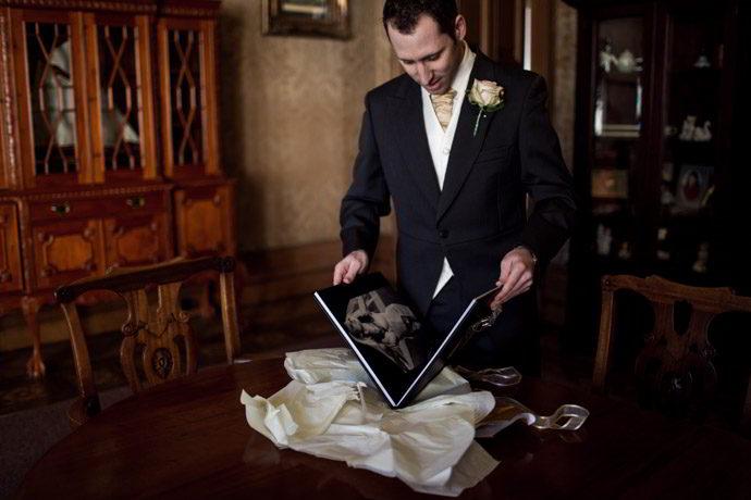 Orchardleigh-House-Reportage-Wedding-Photographers-006.jpg