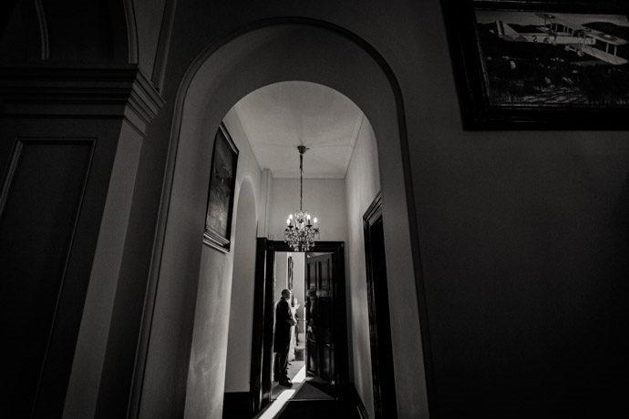 Orchardleigh-House-Reportage-Wedding-Photographers-011.jpg