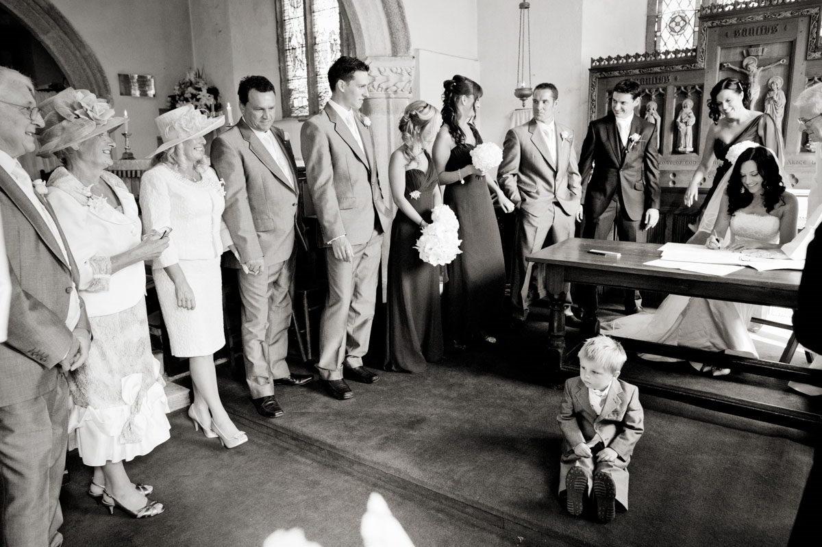 Gonwin-Manor-wedding-photographs-027.jpg