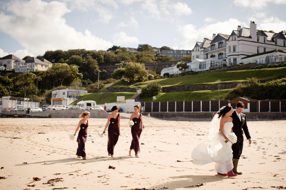 Gonwin-Manor-wedding-photographs-032.jpg