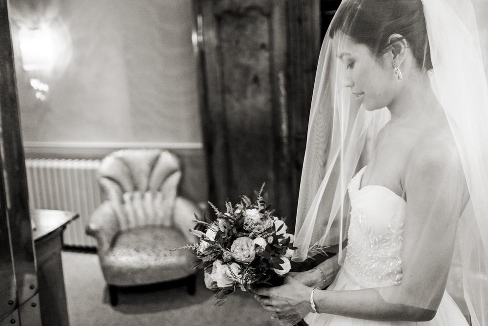 wedding-photography-at-babington-house-somerset-014.jpg