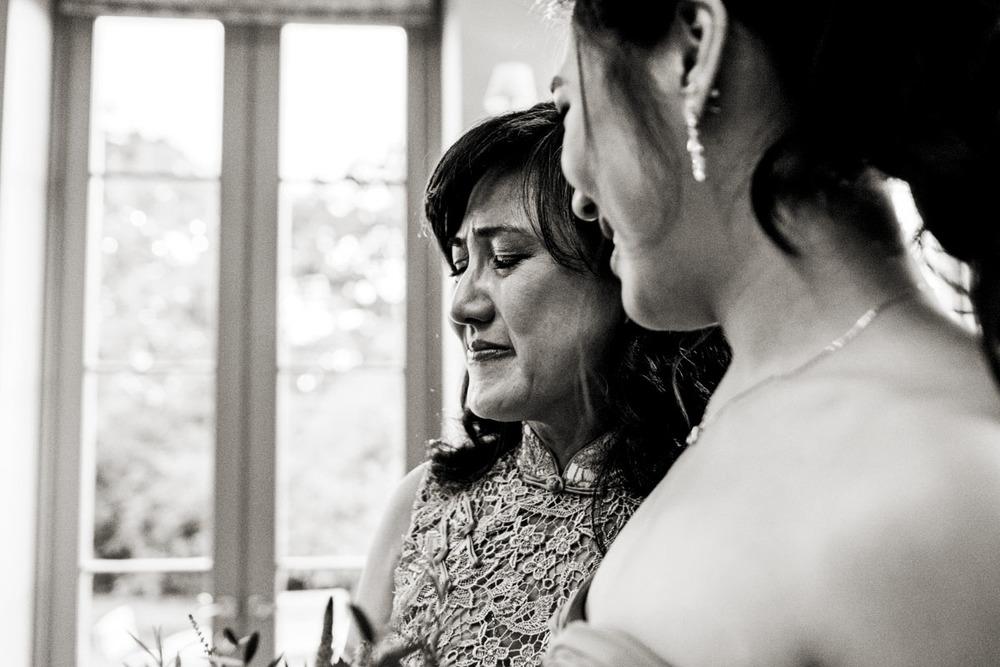 wedding-photography-at-babington-house-somerset-024.jpg