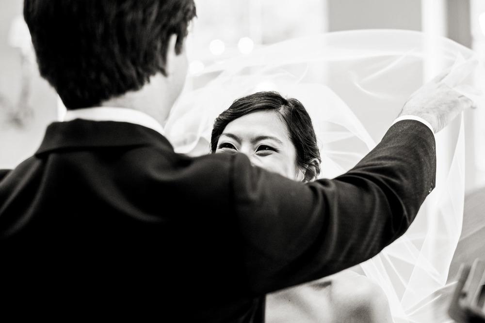 wedding-photography-at-babington-house-somerset-027.jpg