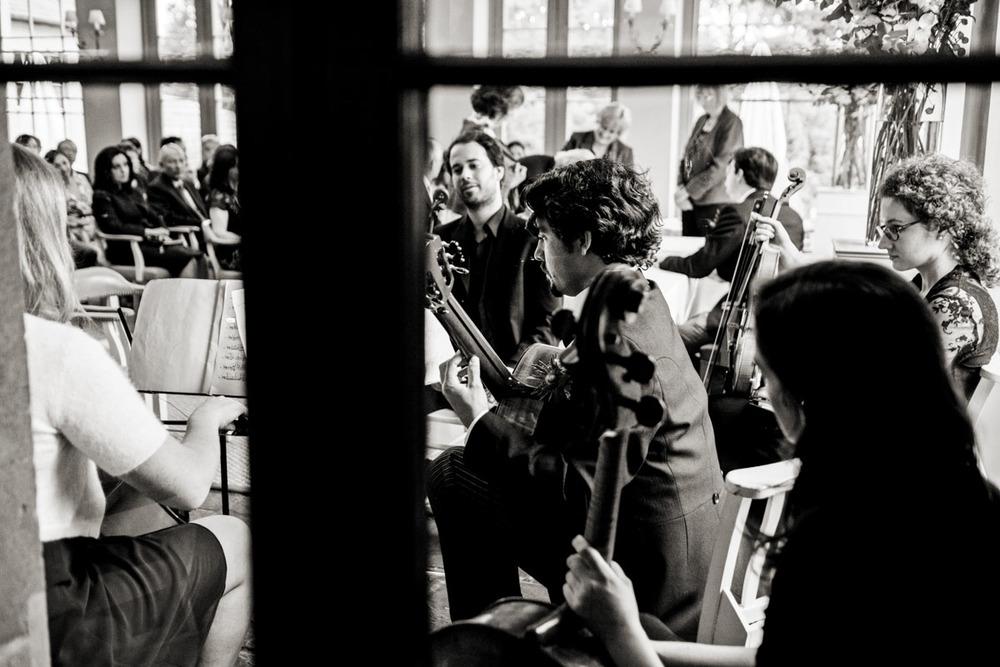 wedding-photography-at-babington-house-somerset-029.jpg