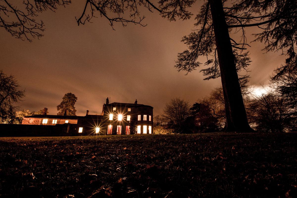 Eastington-Park-Wedding-Photos-039.jpg
