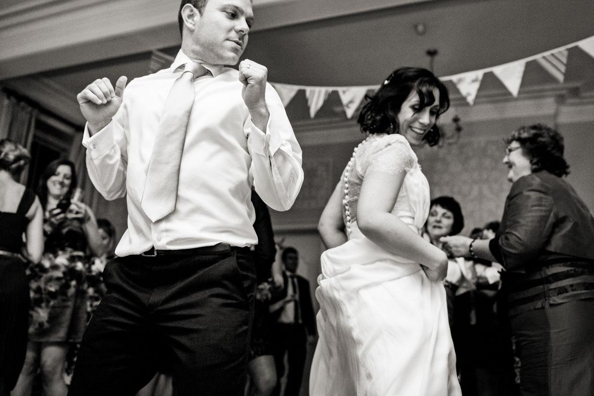 Eastington-Park-Wedding-Photos-052.jpg