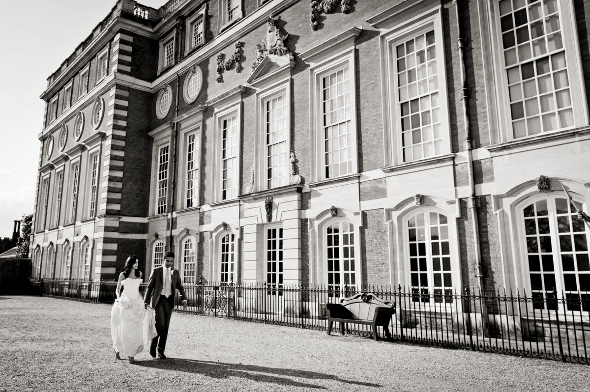 Hampton-Court-Palace-Wedding-Photography-041.jpg