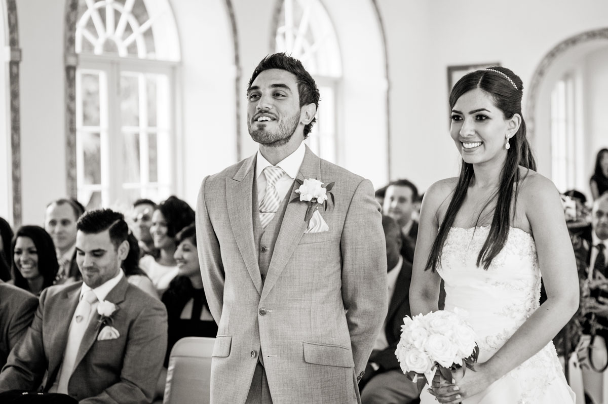 Northbrook-Park-Wedding-Photos-016.jpg