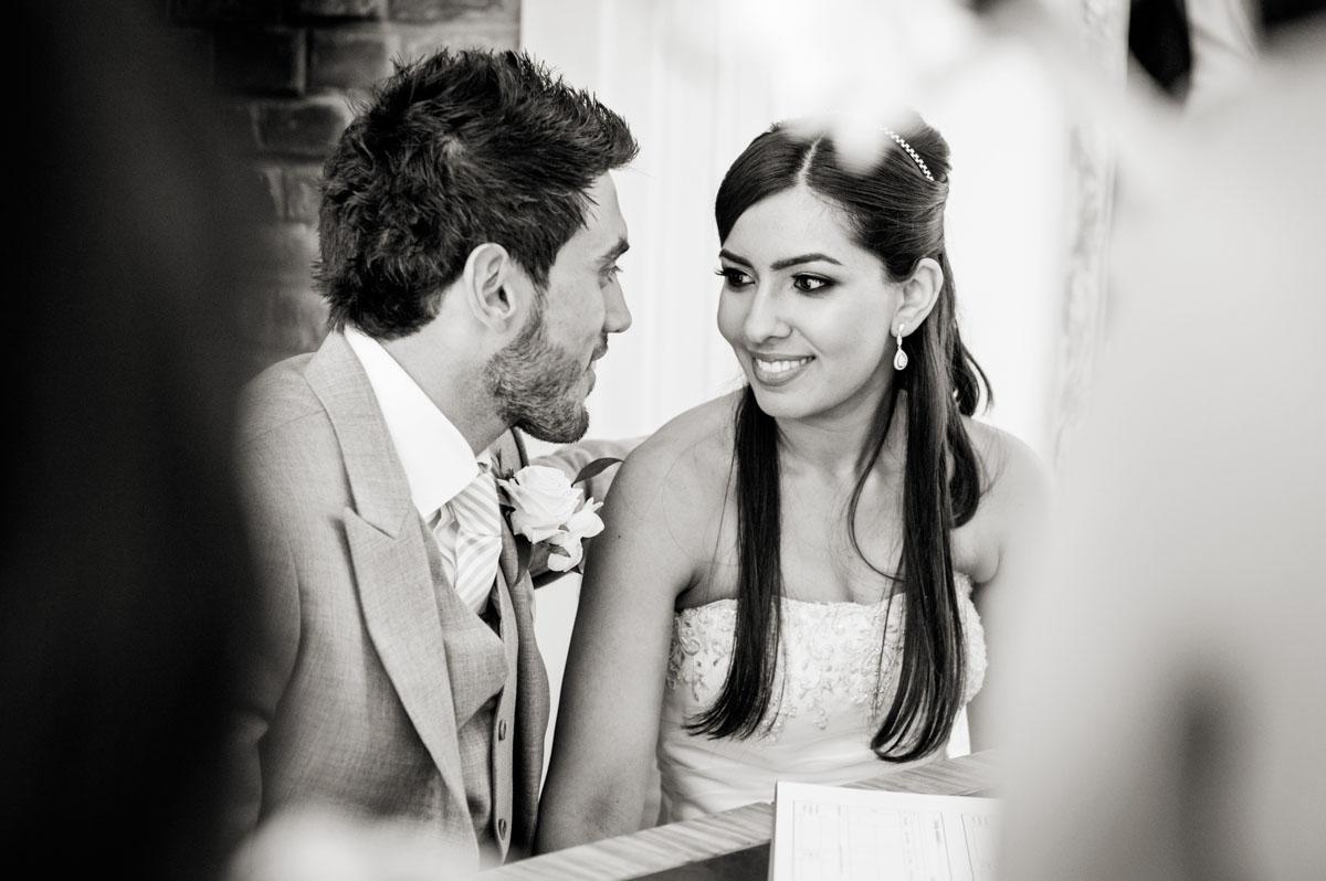 Northbrook-Park-Wedding-Photos-018.jpg