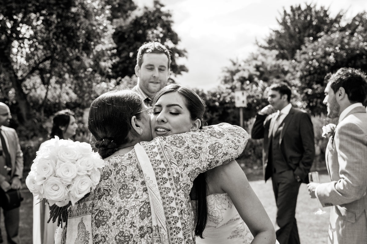 Northbrook-Park-Wedding-Photos-022.jpg