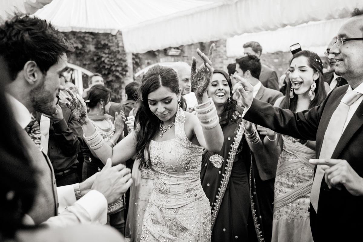 Northbrook-Park-Wedding-Photos-068.jpg