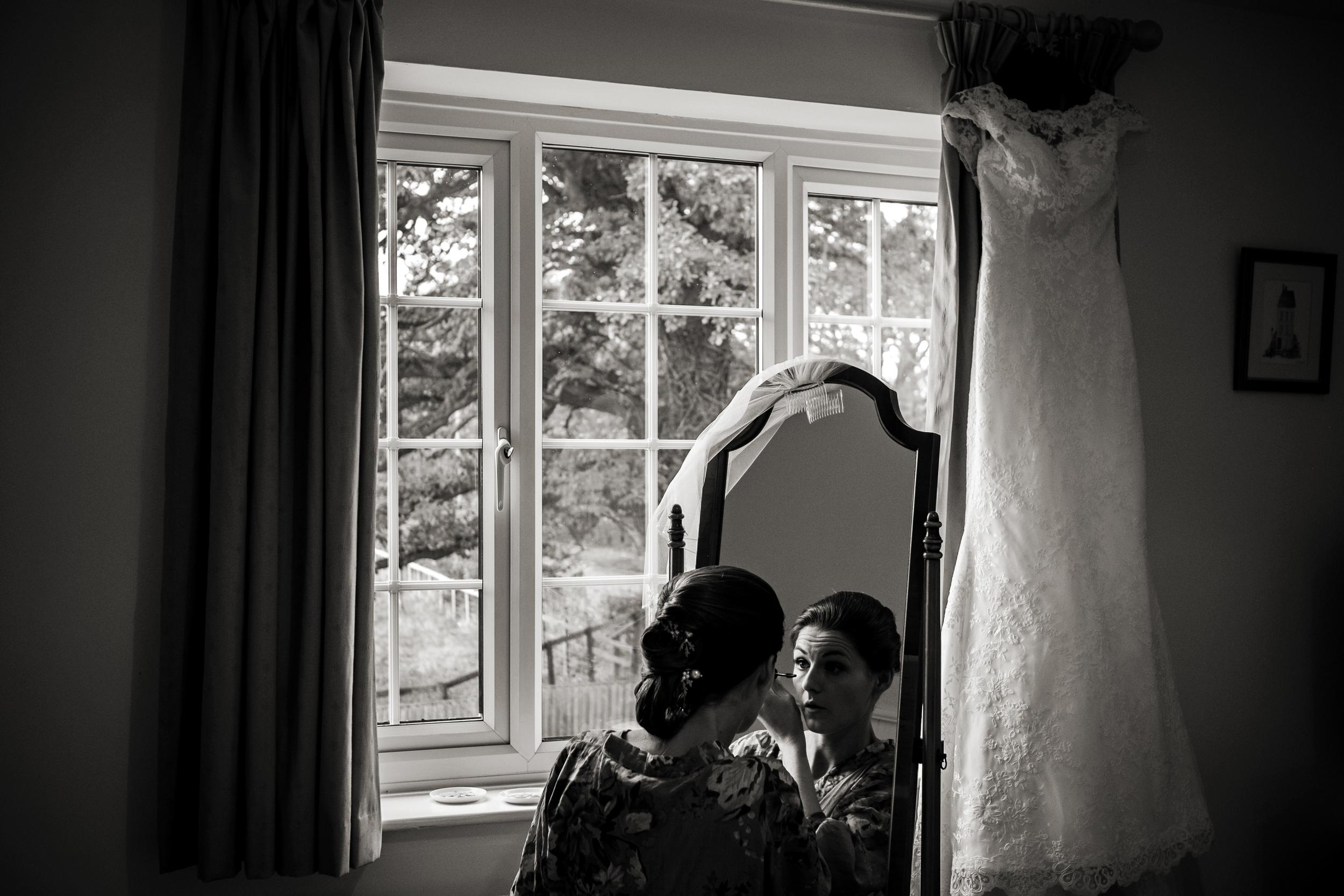 Berkshire reportage wedding photographers 006.jpg