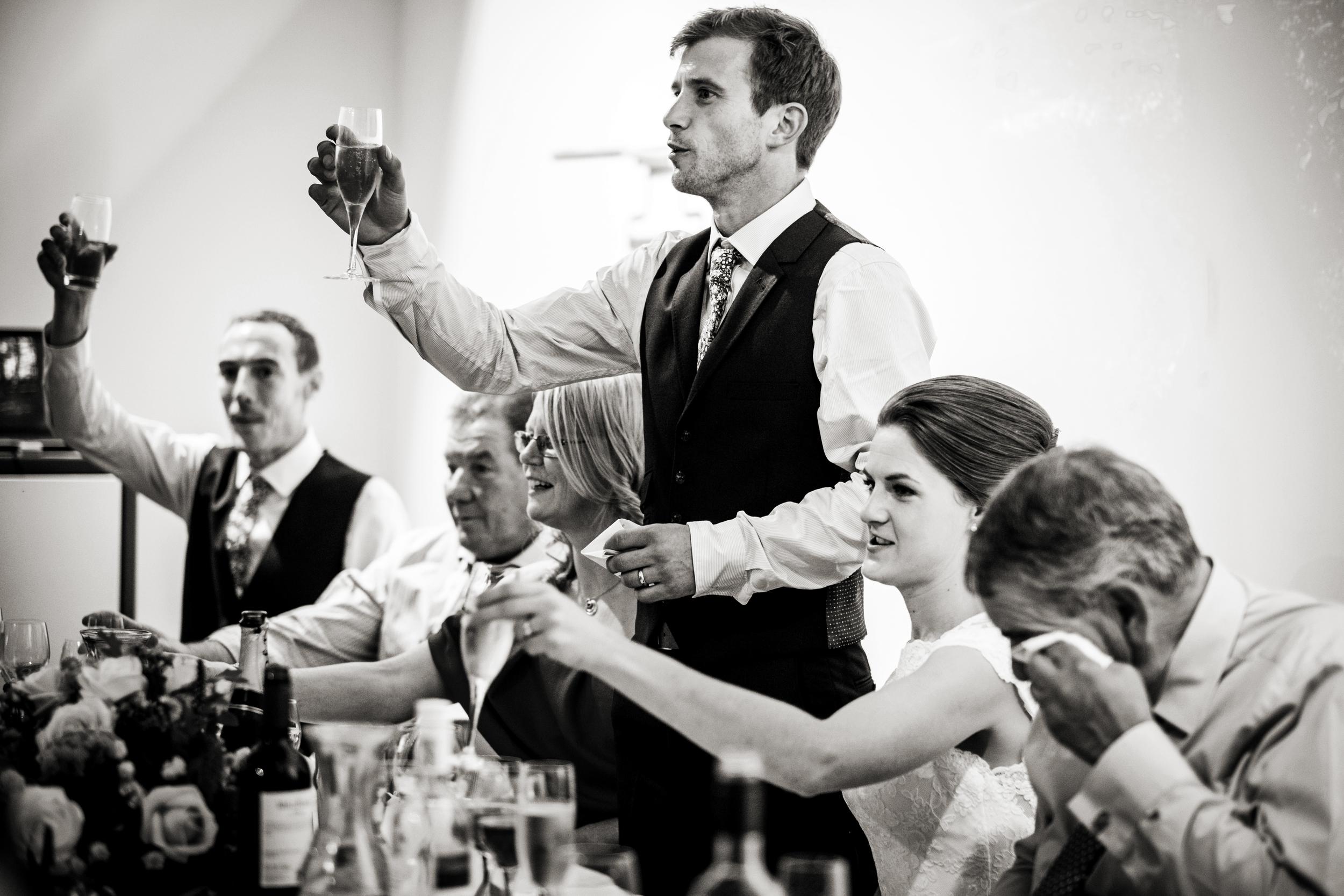 Berkshire reportage wedding photographers 026.jpg