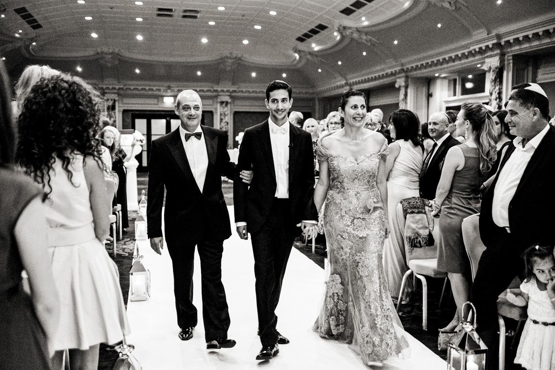 《婚礼》:《圣马可》的《16章》
