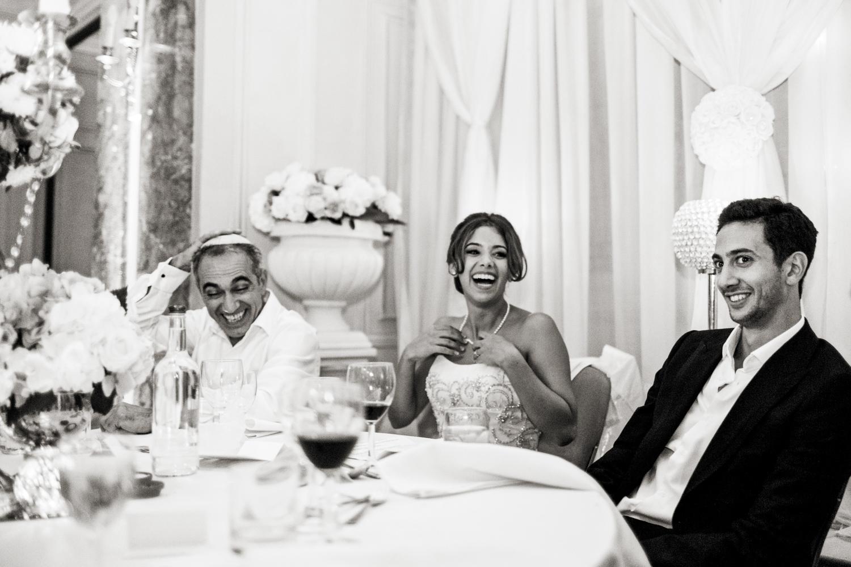 《婚礼》:《婚礼》的《红色的婚礼》