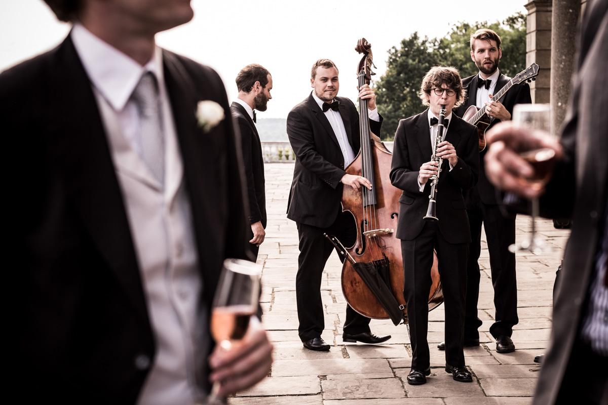 Wedding Photography at Clivedon House 042.jpg