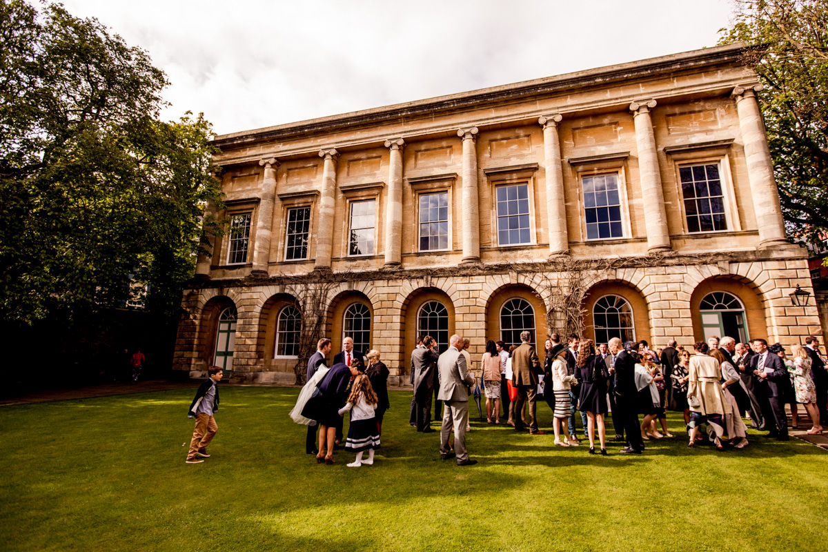Wedding Photograhy at the Bodeleian Library in Oxford 016.jpg