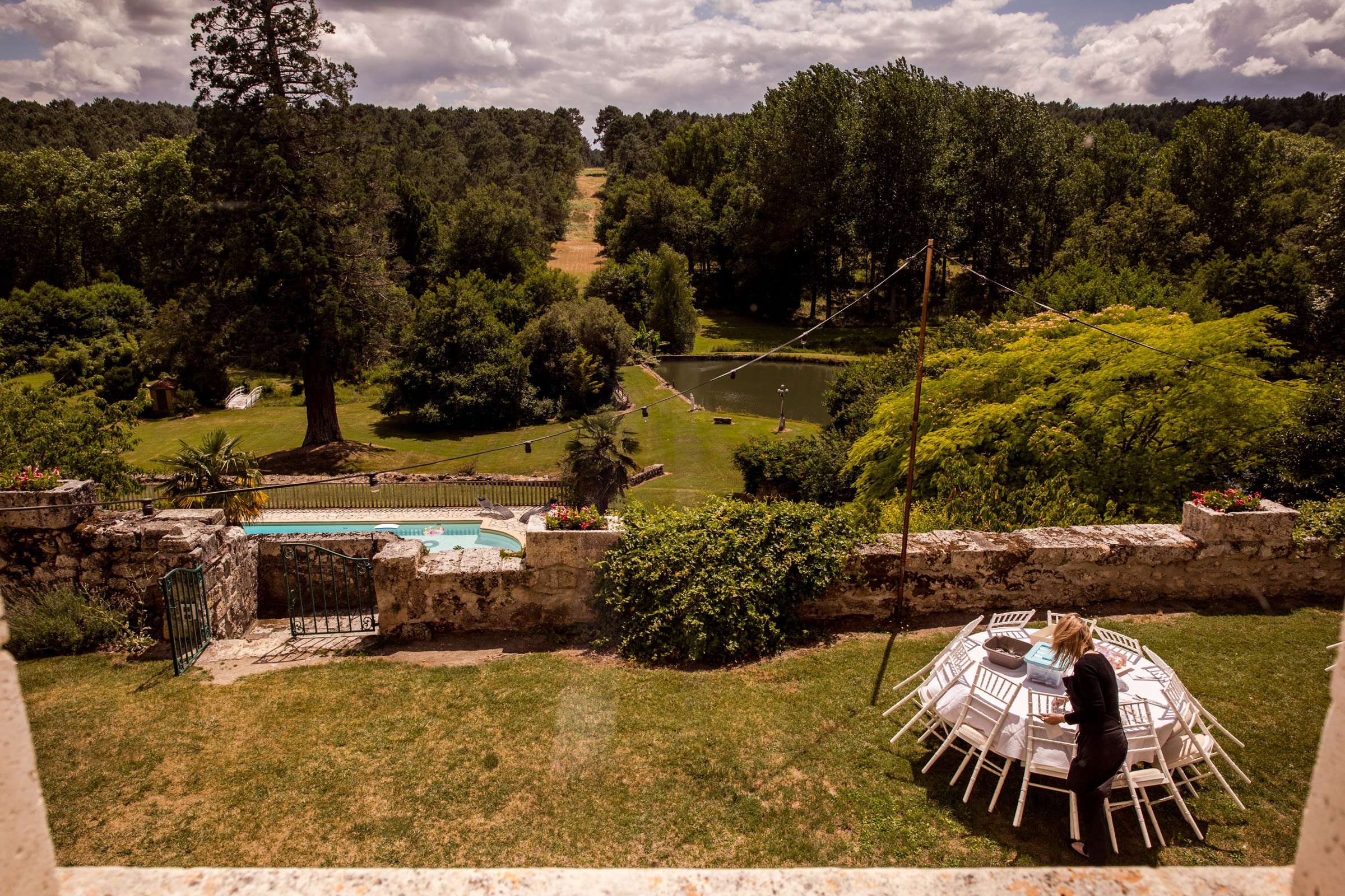 Uk Wedding photographers working at chateau de lisse in gascony 021.jpg
