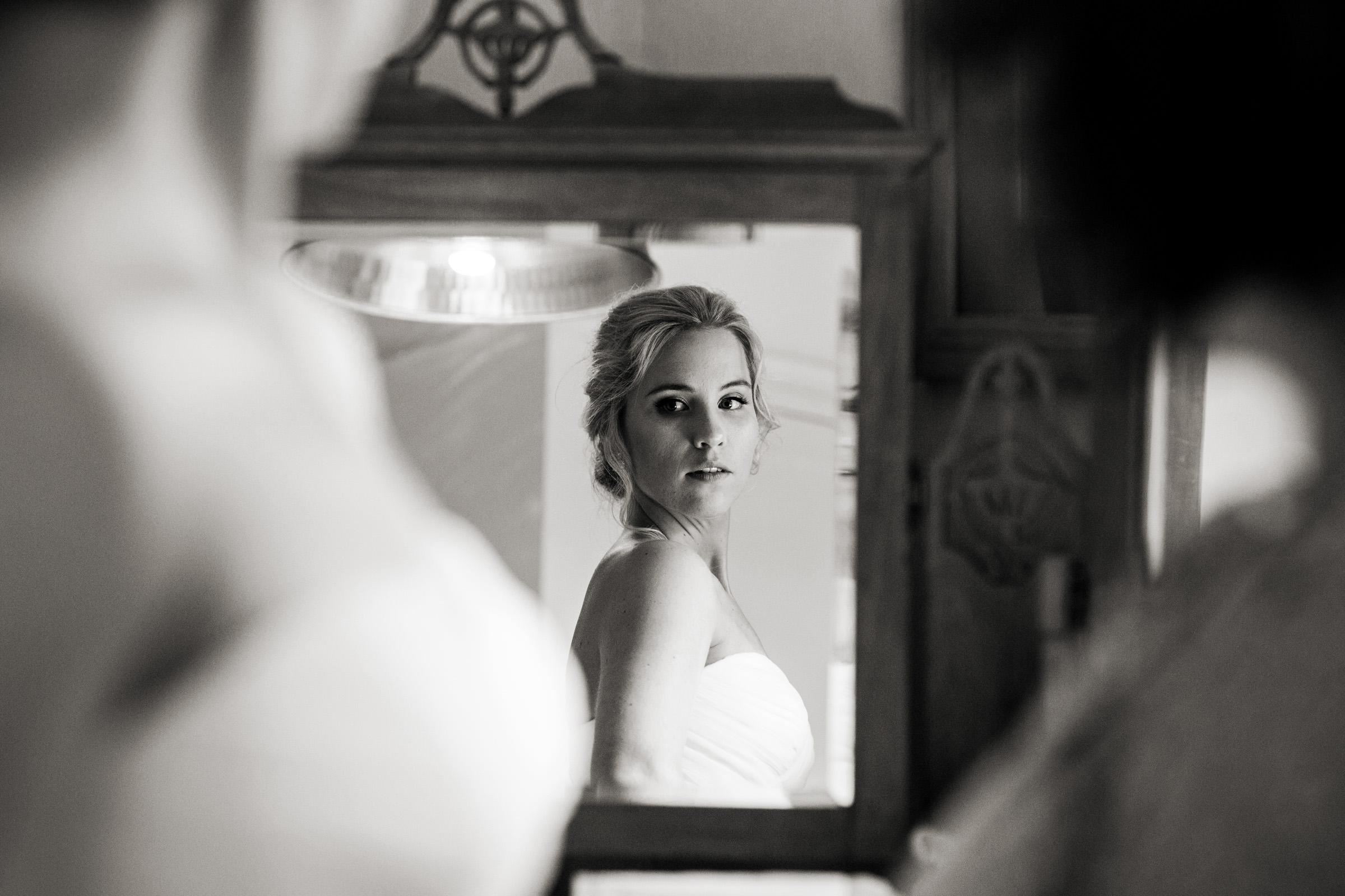 Documentart wedding photographers Berwick-upon-Tweed 003.jpg