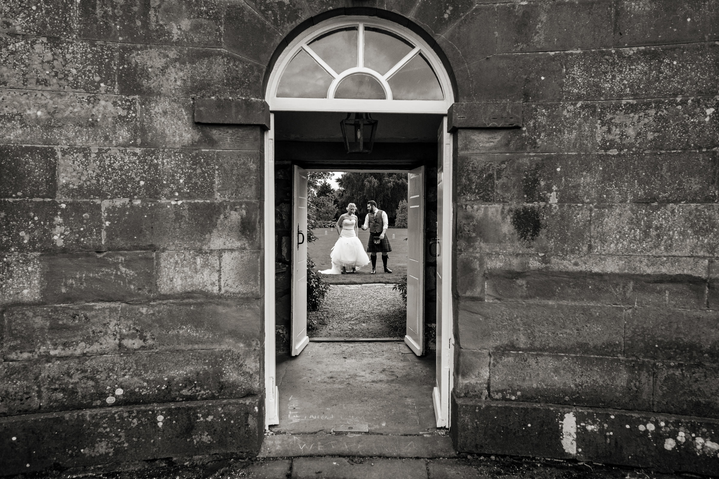Documentart wedding photographers Berwick-upon-Tweed 016.jpg