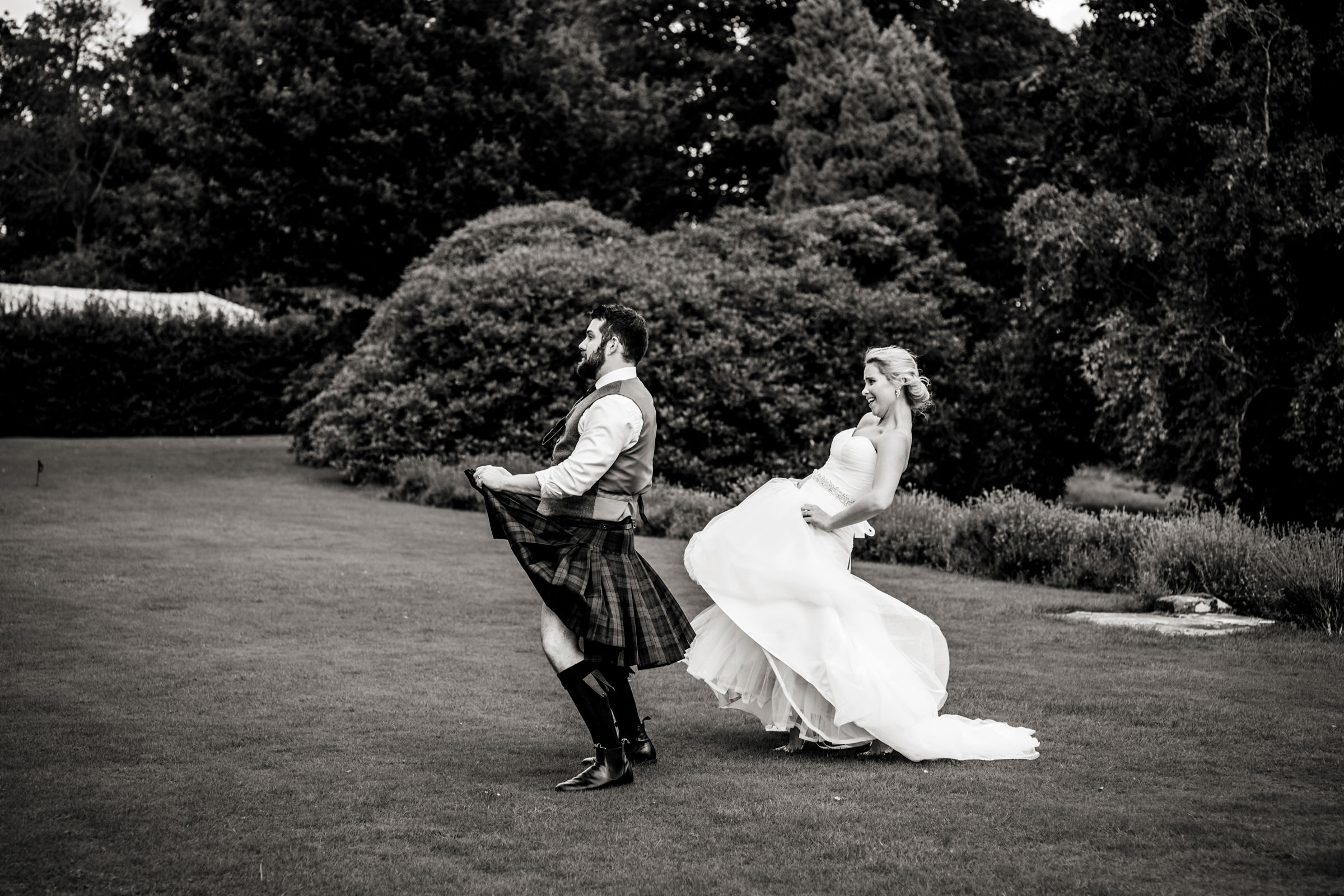 Documentart wedding photographers Berwick-upon-Tweed 015.jpg