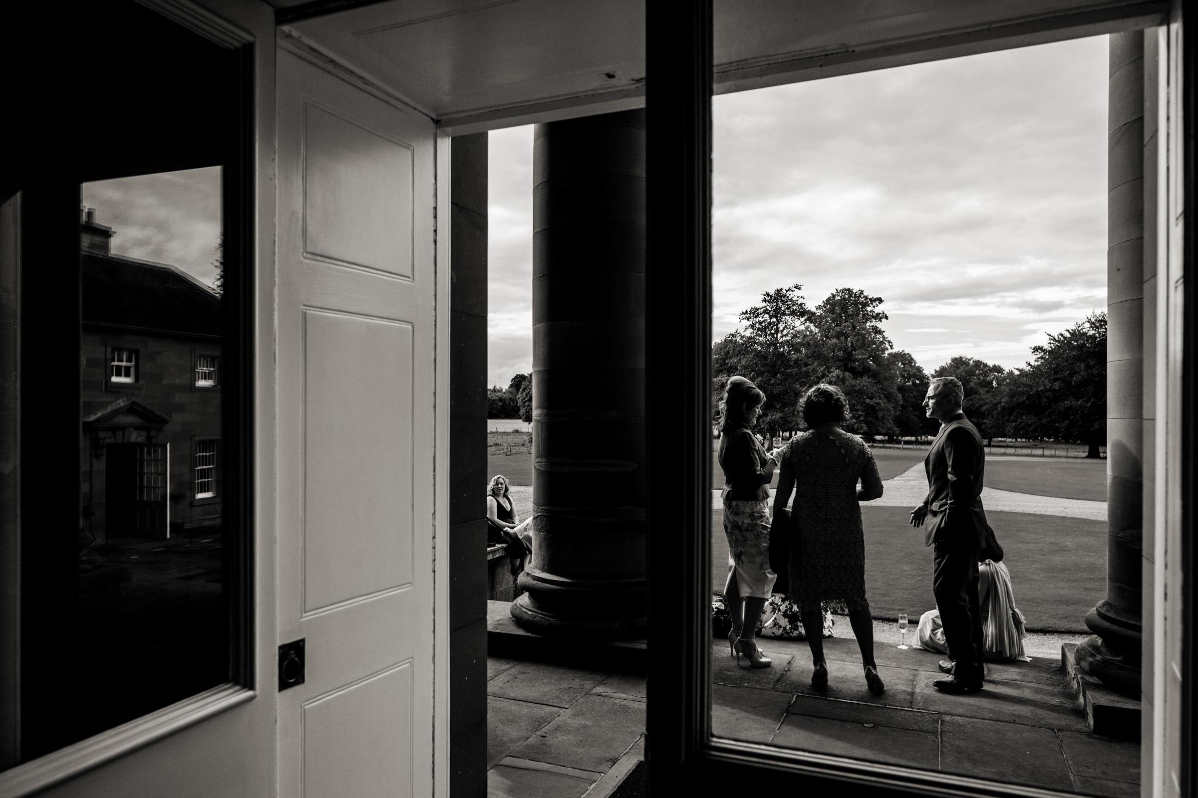 Documentart wedding photographers Berwick-upon-Tweed 019.jpg