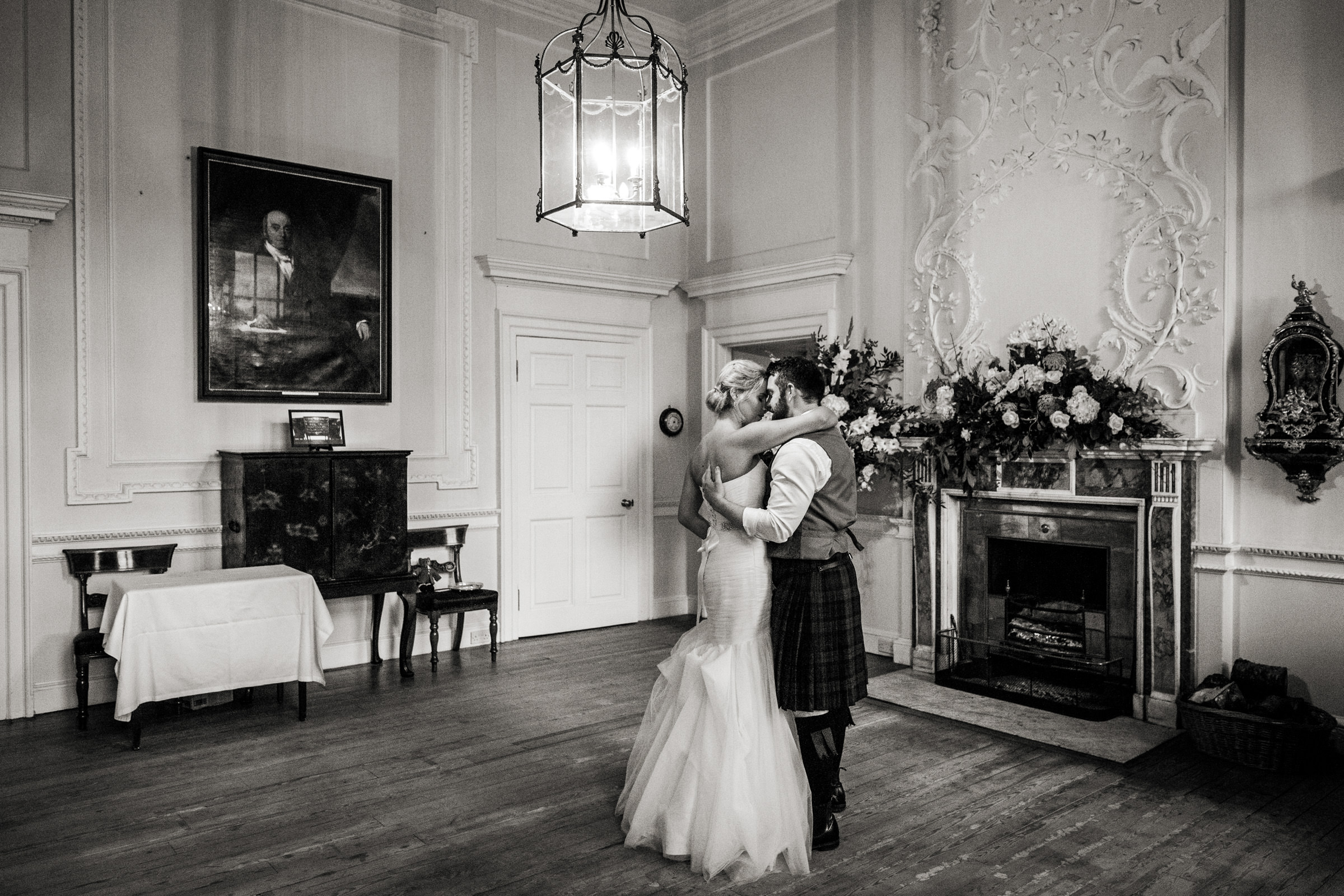 Documentart wedding photographers Berwick-upon-Tweed 030.jpg
