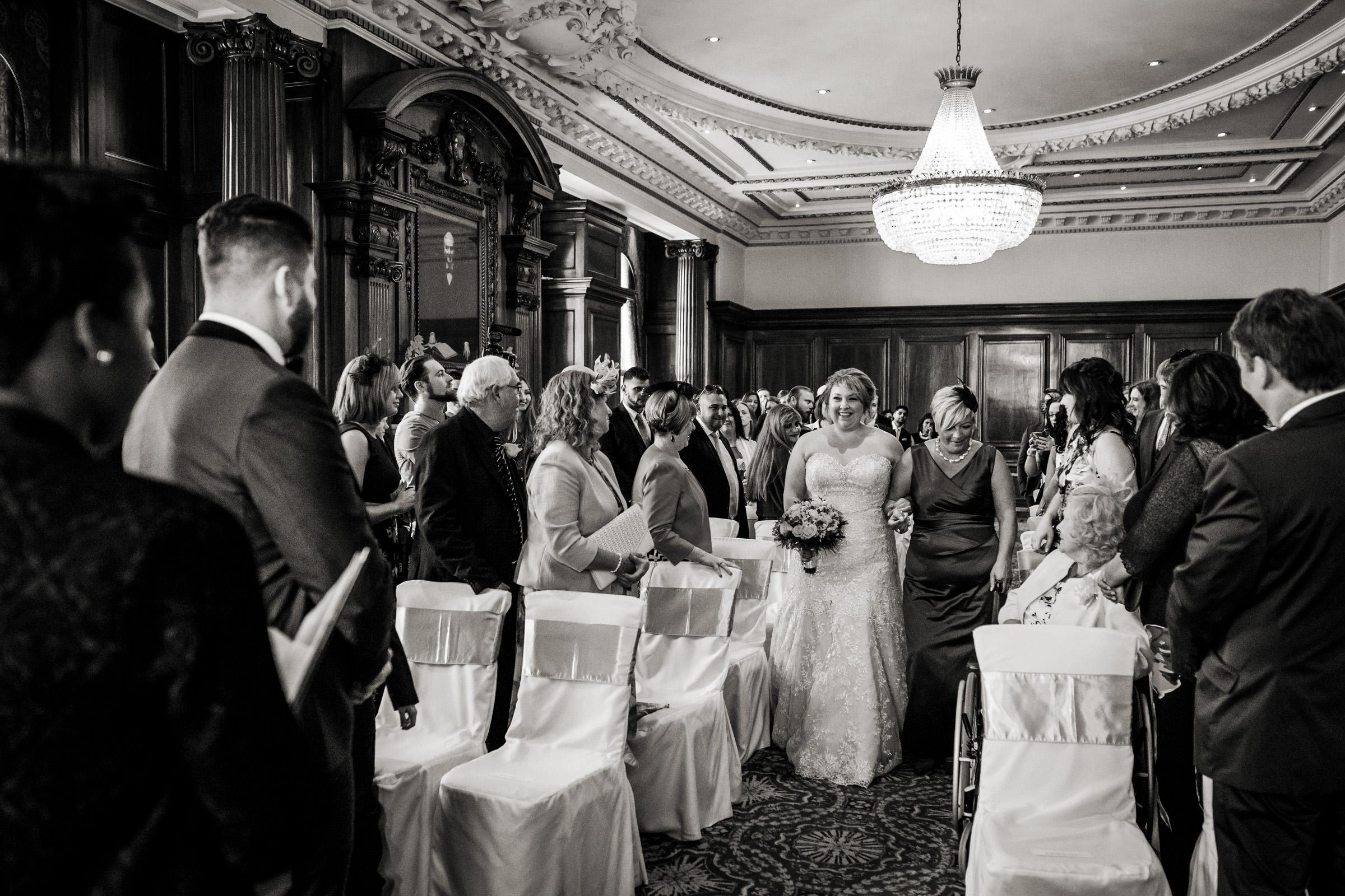 London Reportage Wedding Photographers 010.jpg