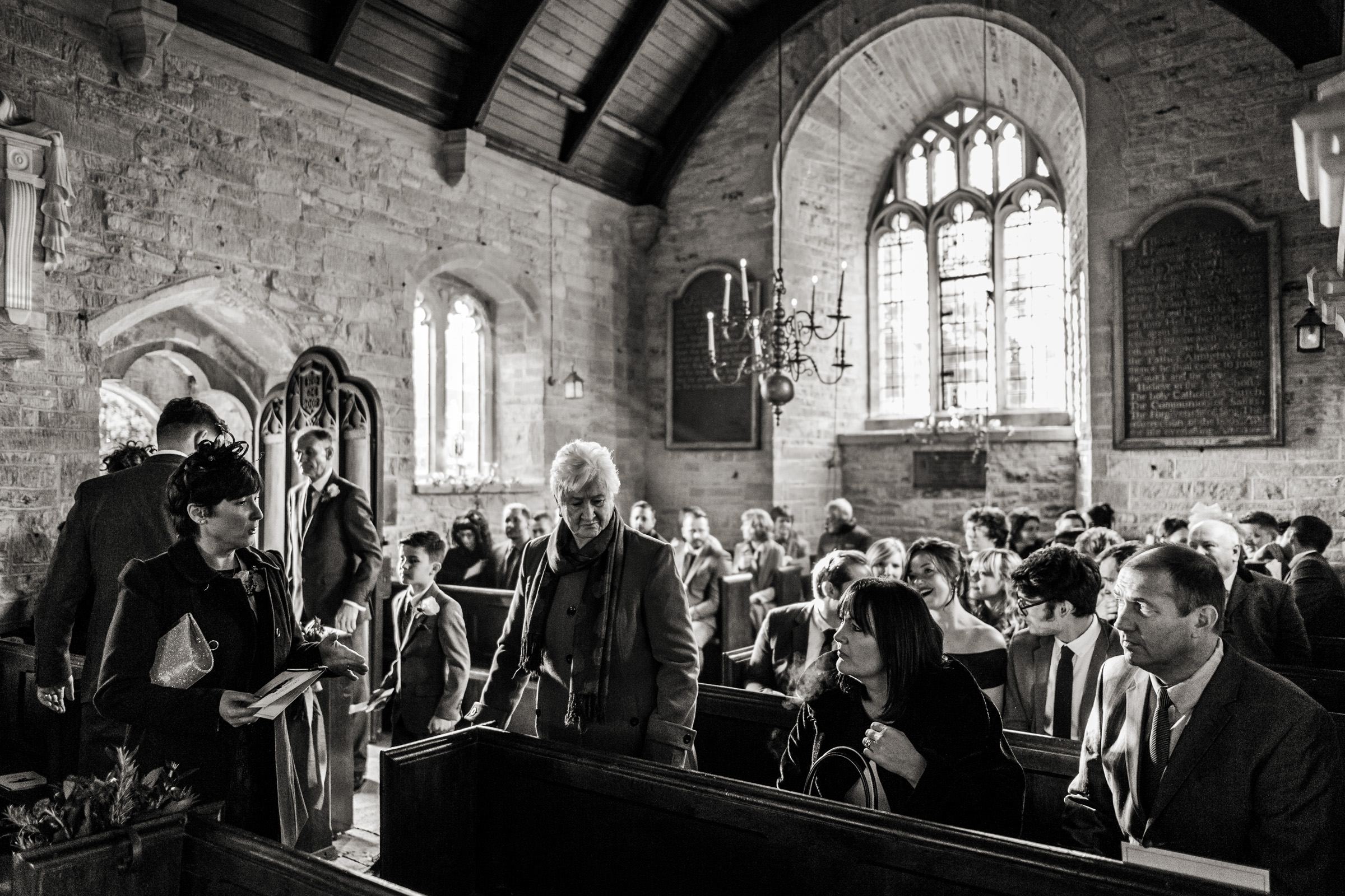 relaxed wedding photography at in somerset 007.jpg