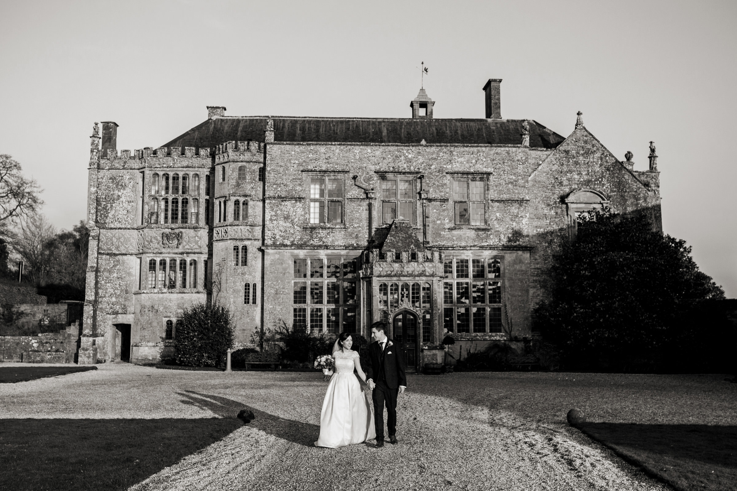 relaxed wedding photography at in somerset 018.jpg