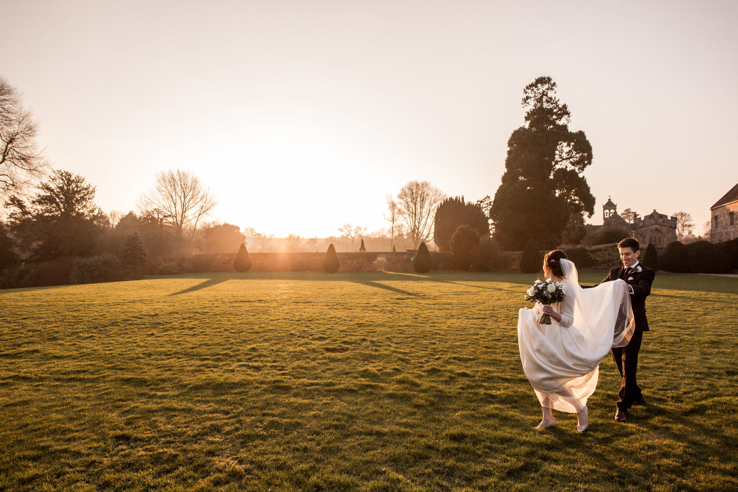 relaxed wedding photography at in somerset 023.jpg