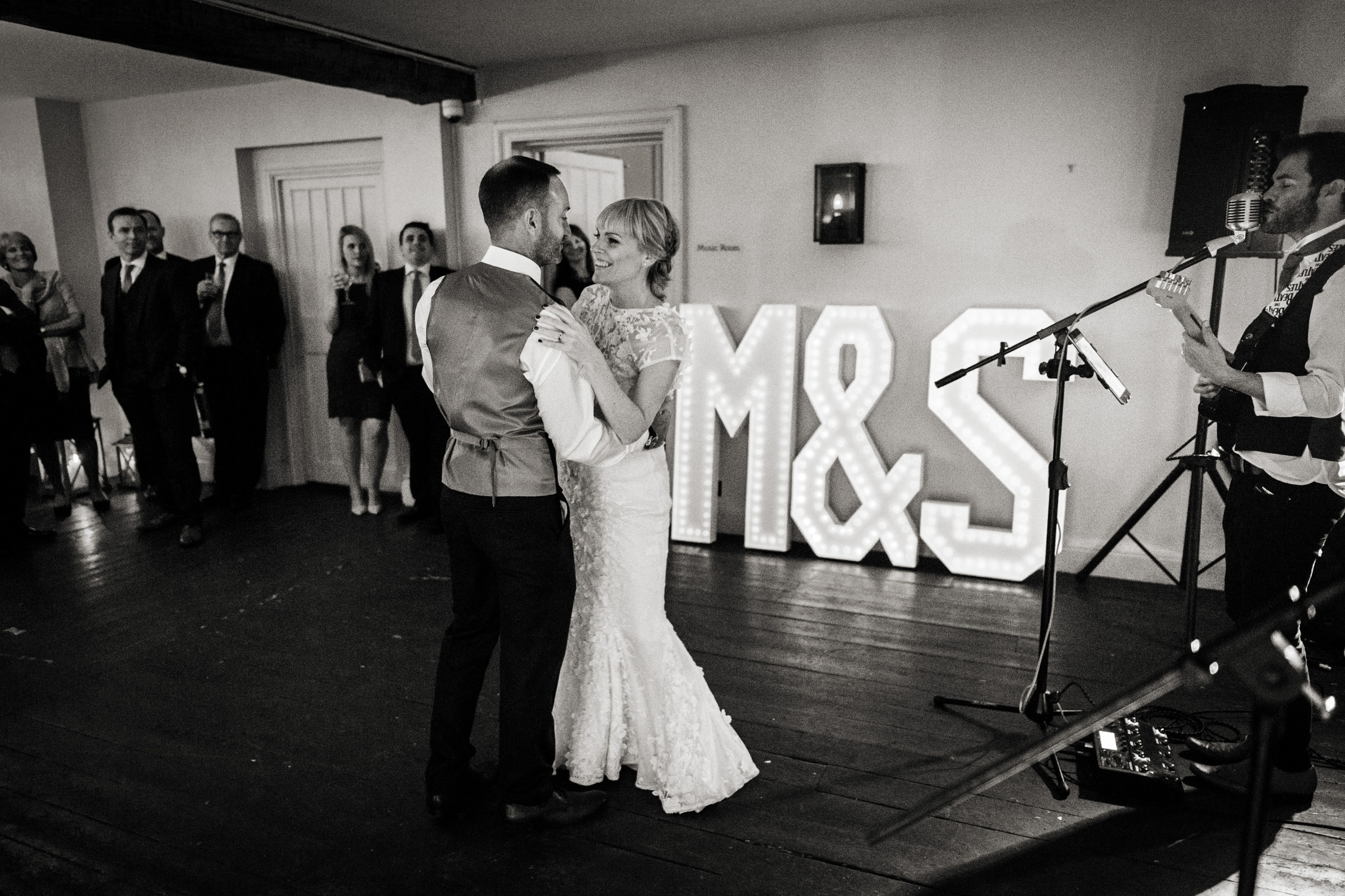 Wedding photos taken at The Olde Bell in Hurley 006.jpg