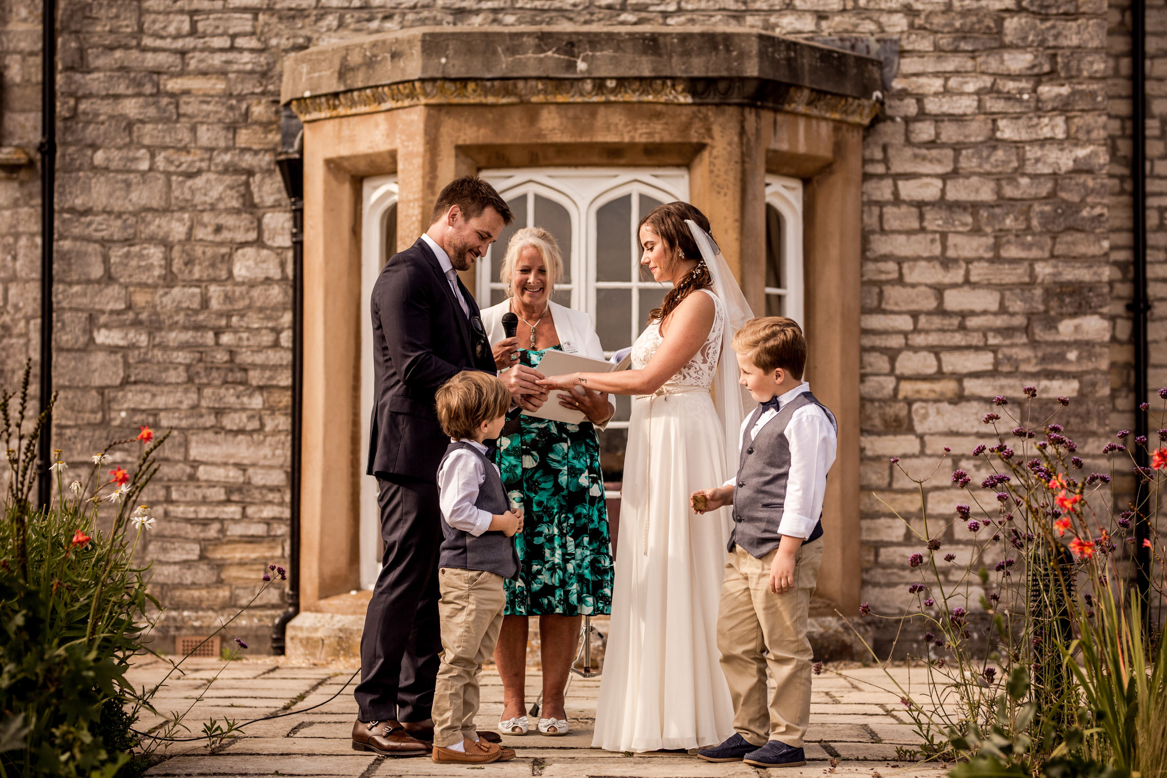 natural dorset wedding photographers 016.jpg