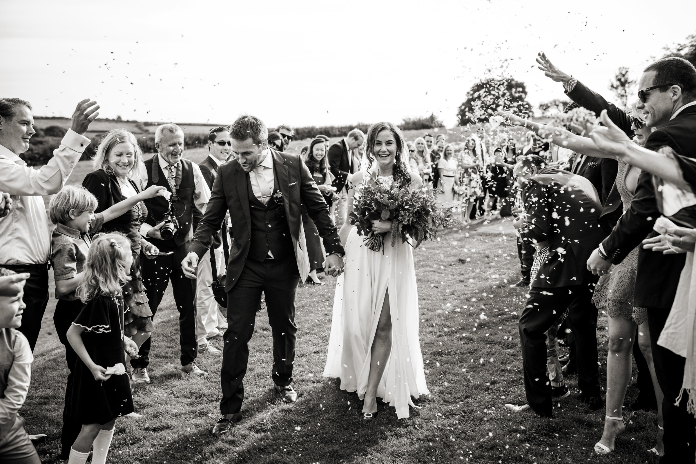 natural dorset wedding photographers 019.jpg