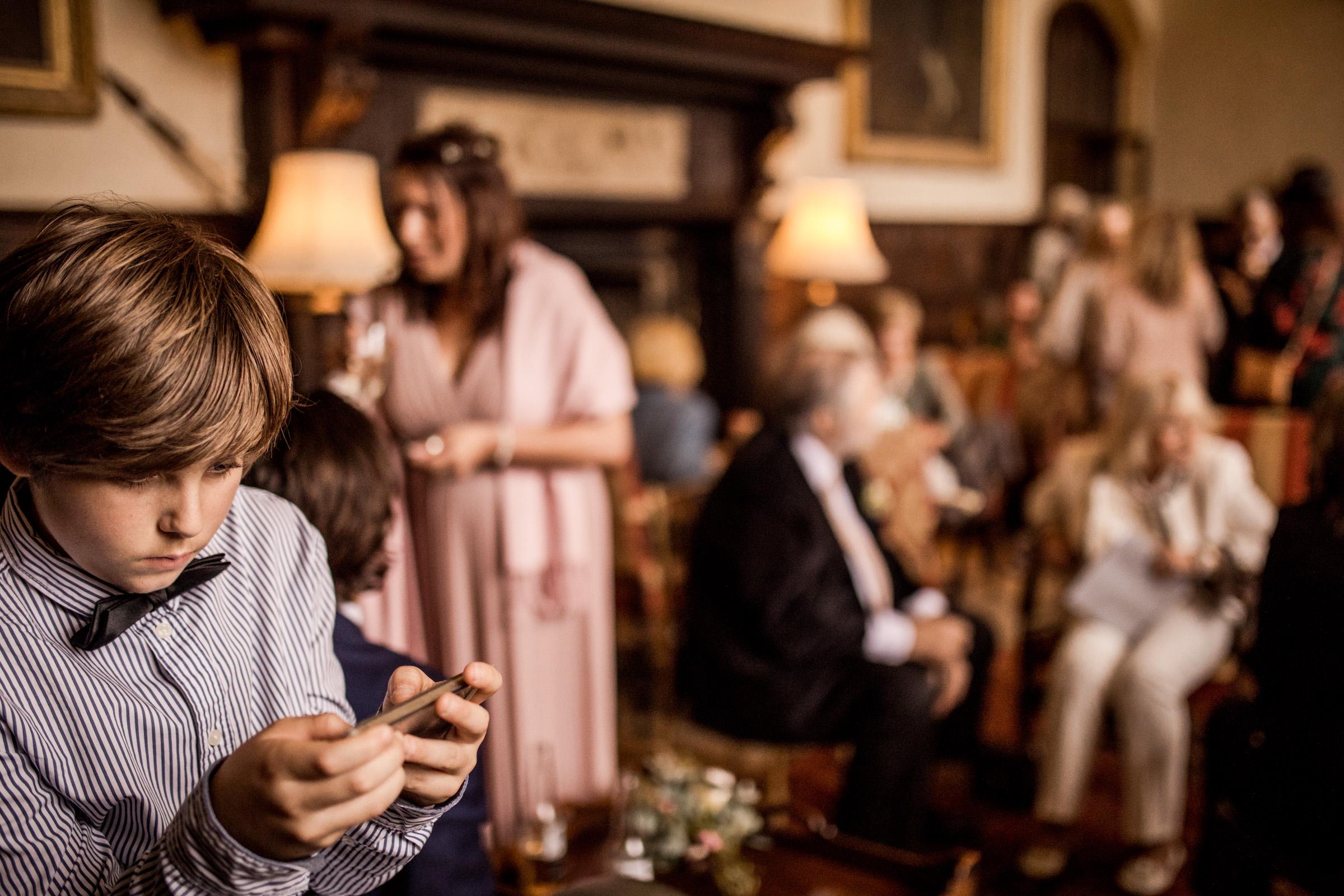 在圣安妮·埃弗里的照片里,在婚礼上的公寓