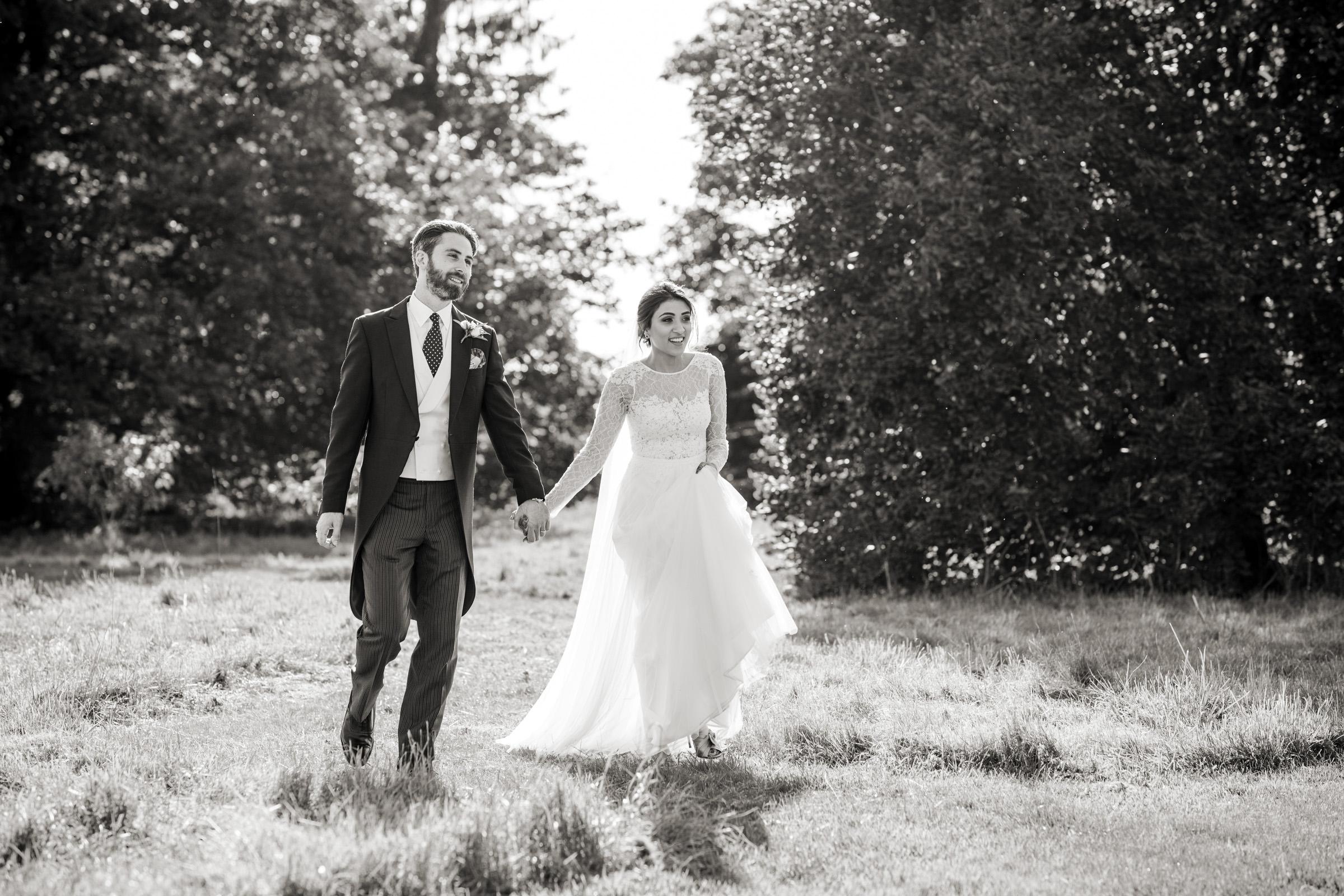 bride and groom wedding photos elmore court