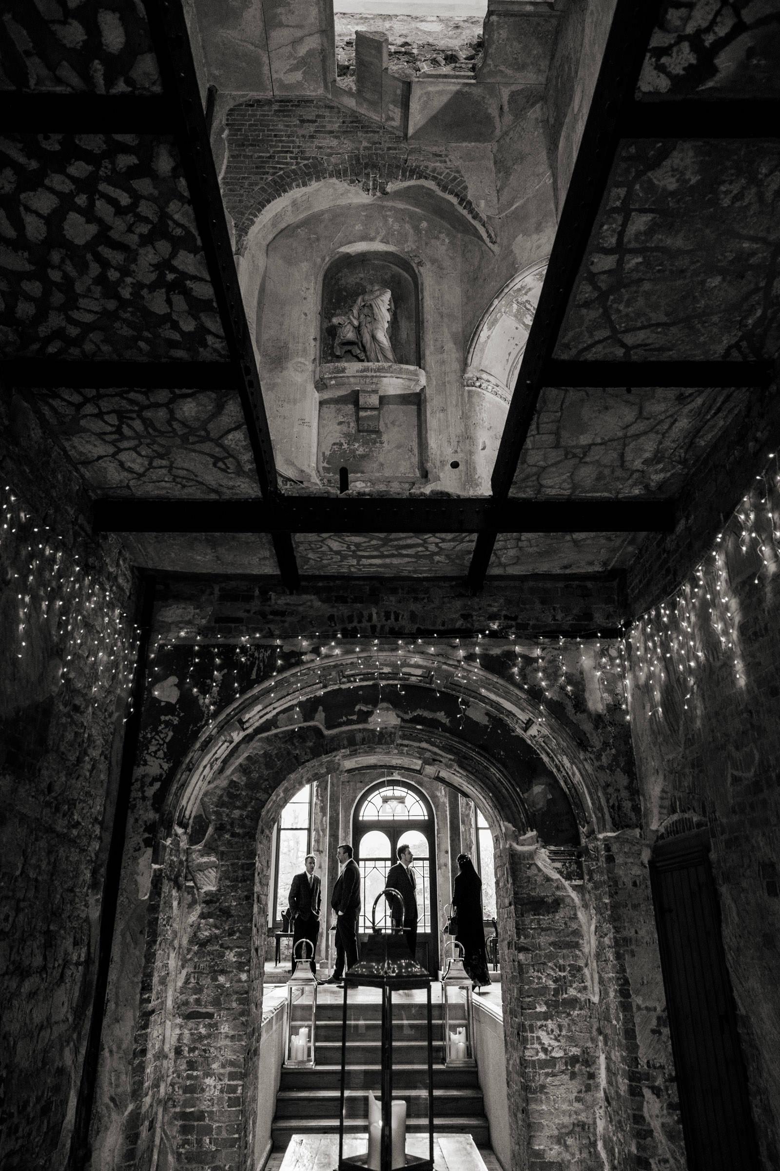 Lulworth Castle Wedding Photography 010.jpg