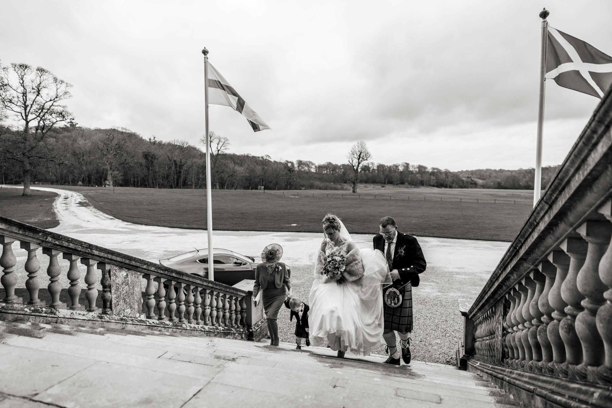 Lulworth Castle Wedding Photography 013.jpg