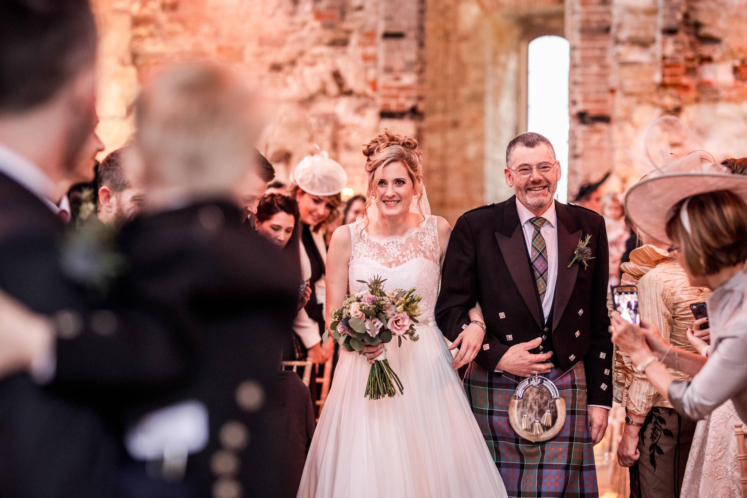 Lulworth Castle Wedding Photography 020.jpg