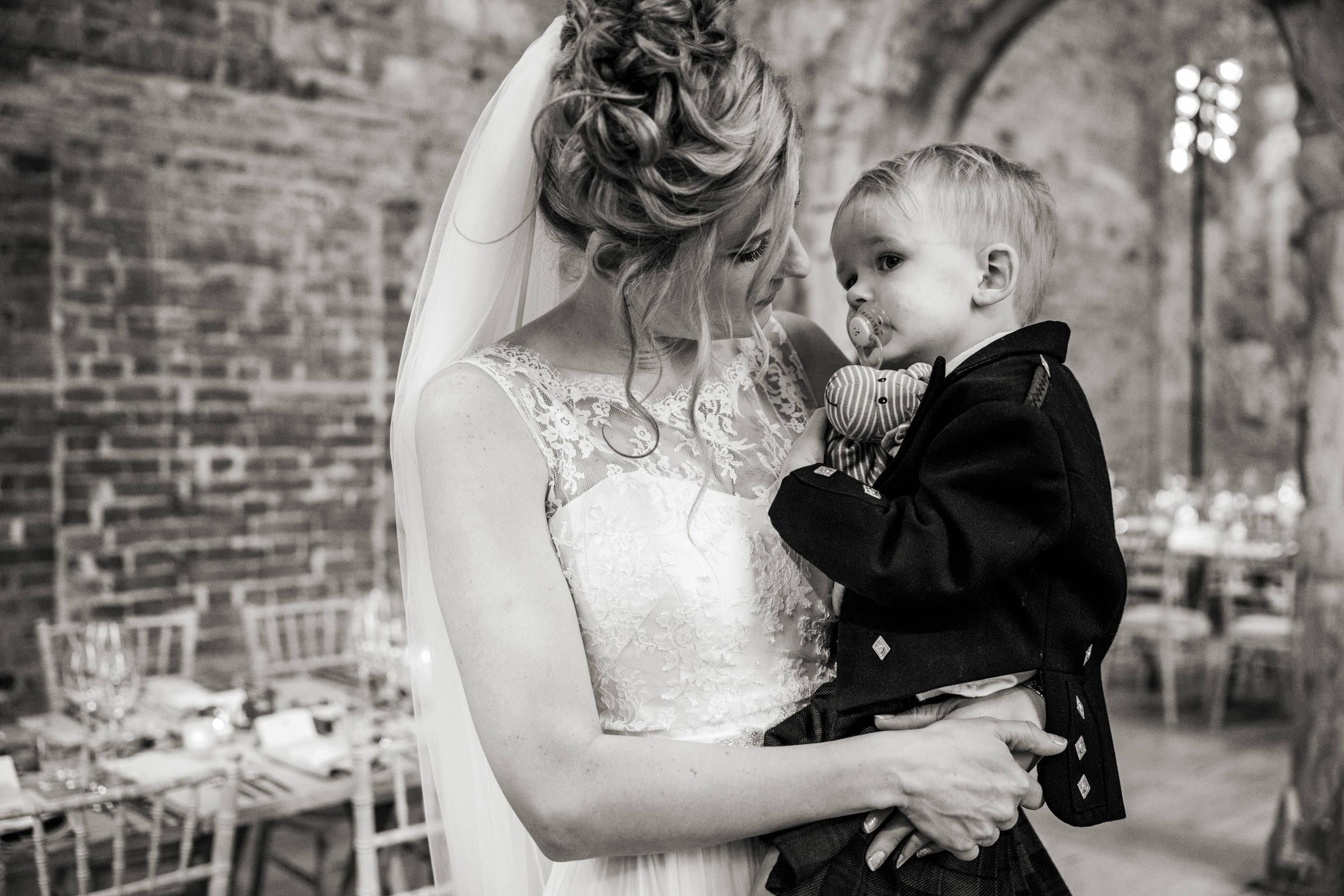Lulworth Castle Wedding Photography 026.jpg