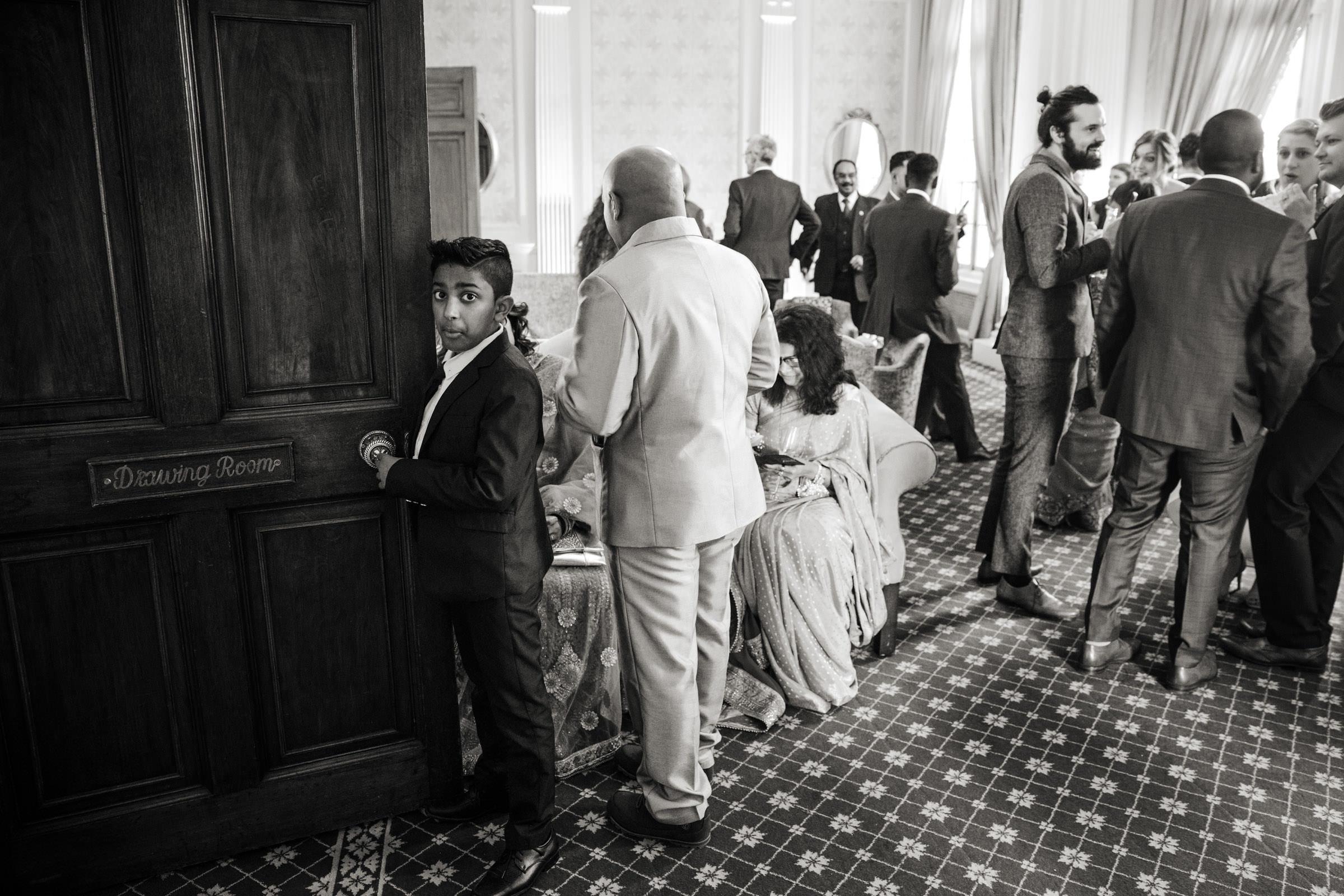 Hedsor House and Park Wedding Photographs 026.jpg