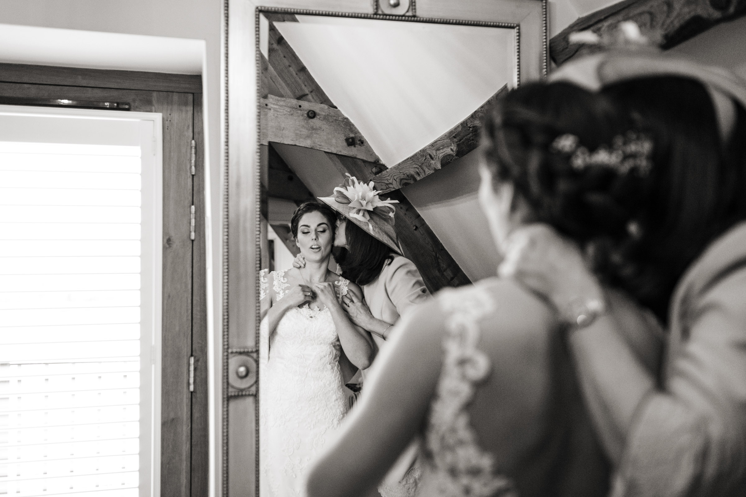 Kingscote Barn mono wedding photograph