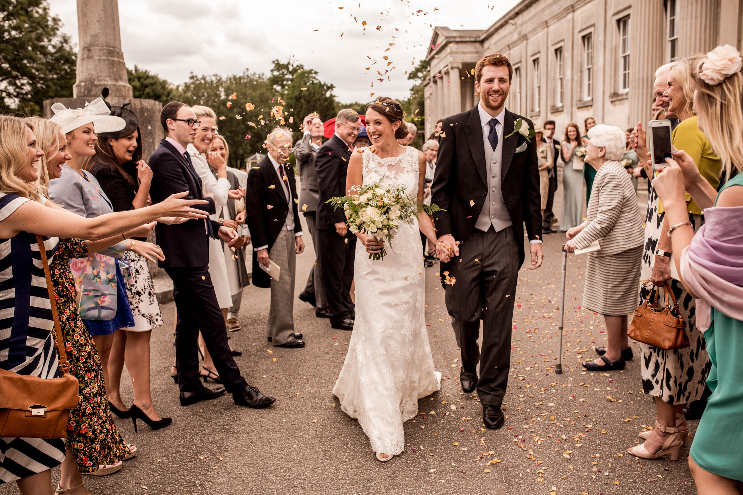 photography confetti at haileybury chapel